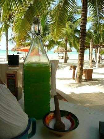 Mandarina Restaurant & Beach club by Casa Las Tortugas: Lemonade