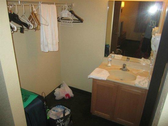 Siena Suites: Banheiro
