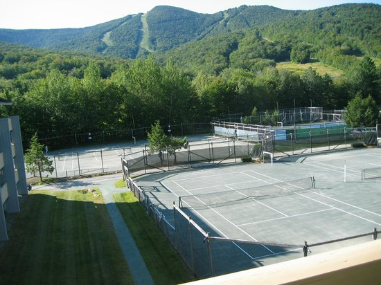 The Village Of Loon Mountain: Loon Mountain and Tennis Courts