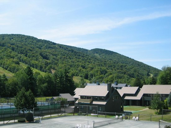 The Village Of Loon Mountain: Loon Mountain over the Resort