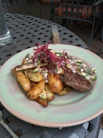 Alley House Grille : Rack of Lamb