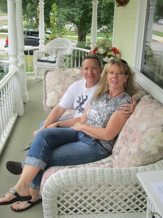 Anna V's Bed and Breakfast : Relaxing on the porch.