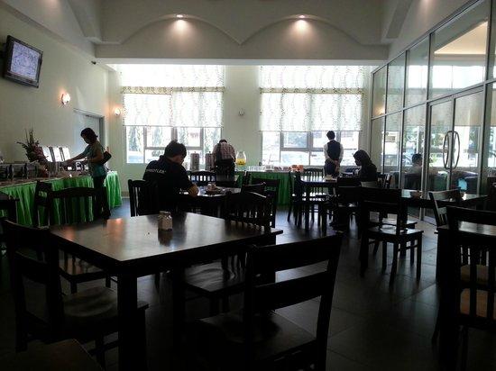 Seemsoon Hotel: Breakfast area
