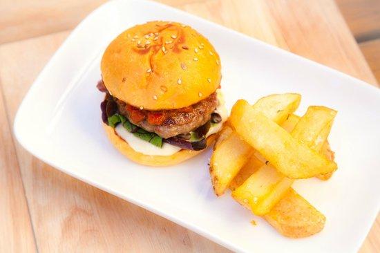 Tree Of Us: Kids Burger w Chips