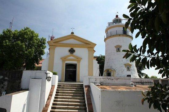 Guia Fortress : 東望洋燈塔