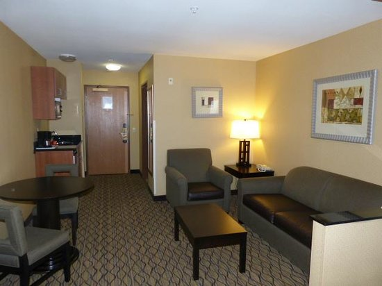 Holiday Inn Express Hotel & Suites North Seattle - Shoreline: Room