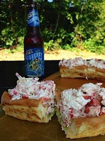 Libby's Market: the lobster rolls