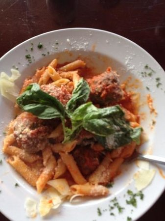 Primo Trattoria Italiana : This was my Lunch! Ridiculously fresh & homemade! Looked and tasted like it was made by an Itali