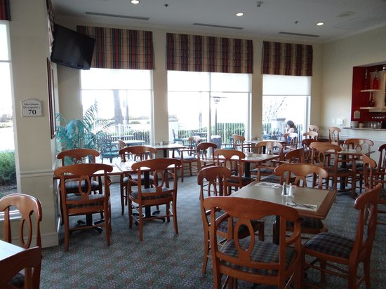 Hilton Garden Inn Irvine East / Lake Forest : At the restuarent