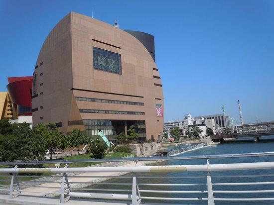Riverwalk Kitakyushu: リバーウォーク北九州
