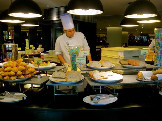 Narai Hotel : Breakfast Buffet with Chef on site