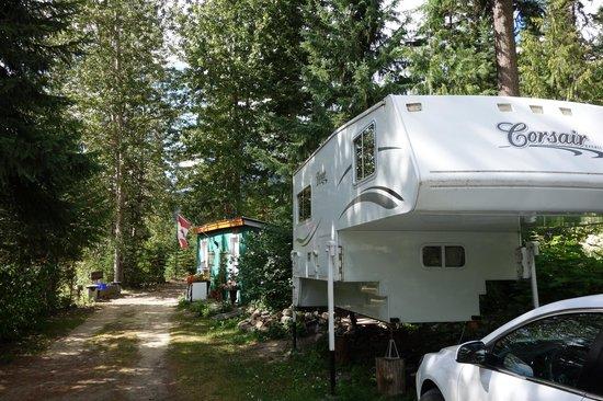 Star Lake Resort: Camper RV