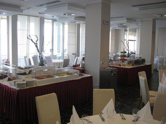 Hotel Jadran: breakfast1