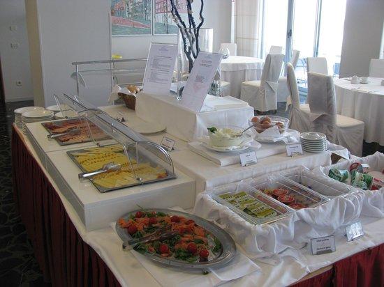 Hotel Jadran: breakfast2