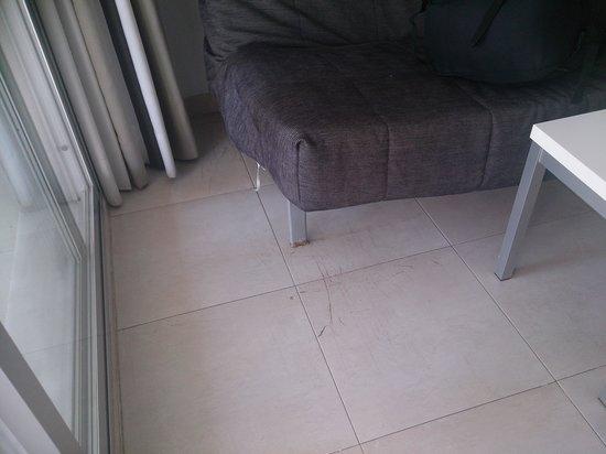 Don Salva Apartments: scratches on floor