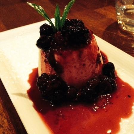 Osteria Riva: vanilla panacotta with forest berries