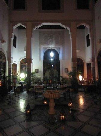 Riad Norma: Espace commun de nuit