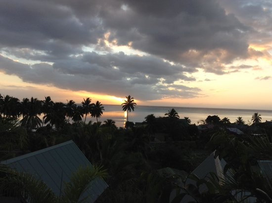 Tapu Lodge : Coucher de soleil de la terrasse