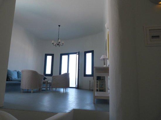 Ambassador Aegean Luxury Hotel & Suites: Living area and door to the balcony