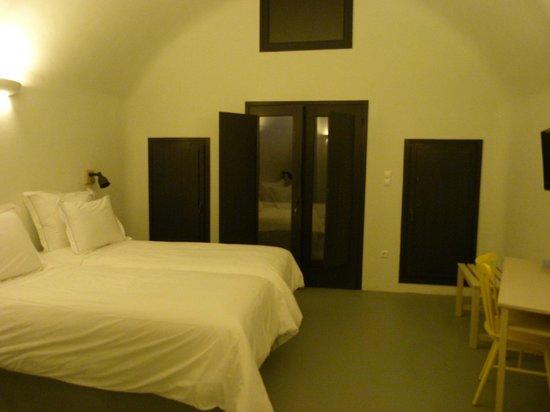 Ambassador Aegean Luxury Hotel & Suites : Guest bedroom