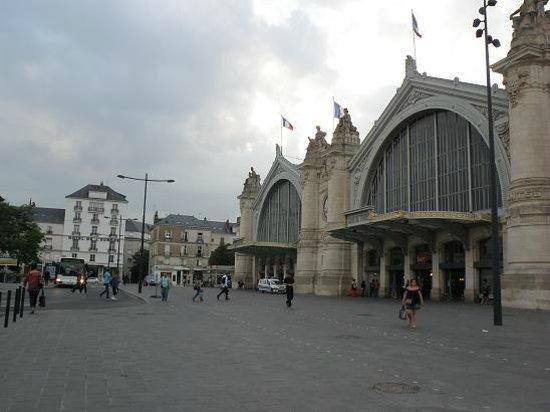 Hotel de L'Europe: gare et hotel
