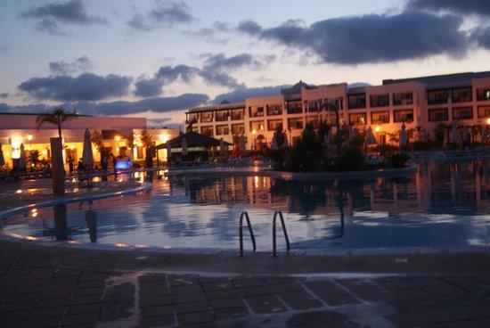 Iberostar Saidia : piscine