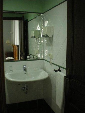 Hotel Plateros: bathroom