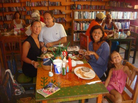 "Manana Restaurante & Bookshop: Pranzo al ""Manana"""
