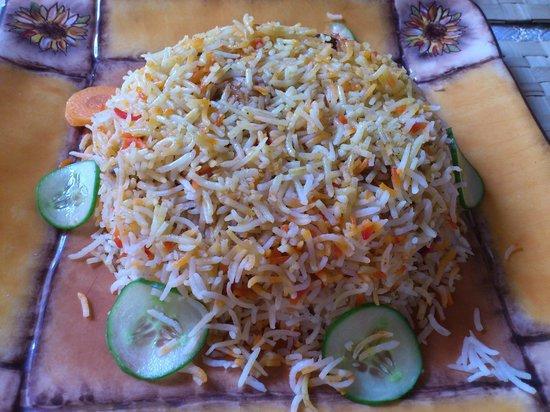 Local House Restaurant : Chicken Biyani