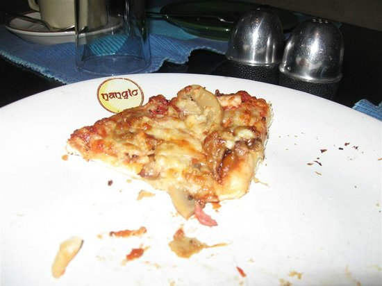 Nanglo West: yummy pizza