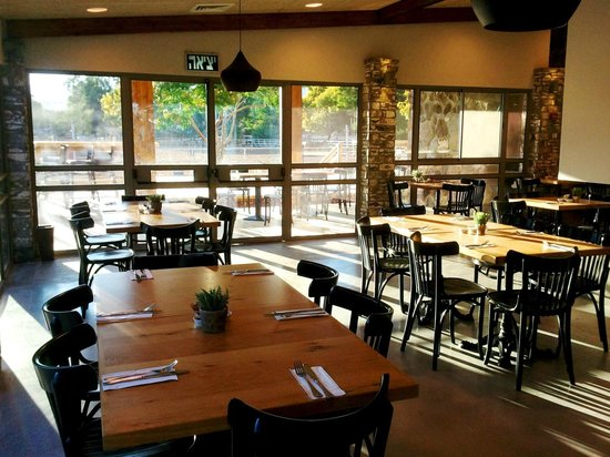 Vered Hagalil Holiday Village Hotel: Tibis- the new restaurant at the farm