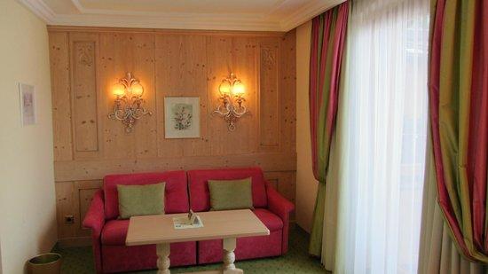 Hotel Salzburgerhof: Inside a Junior Suite