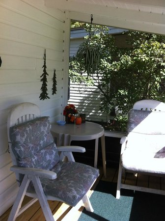 Carroll Motel & Cottages : The porch