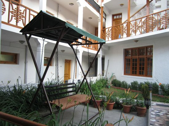 Hotel Lasermo: Garden