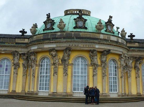 Potsdam's Gardens : château Sans Souci