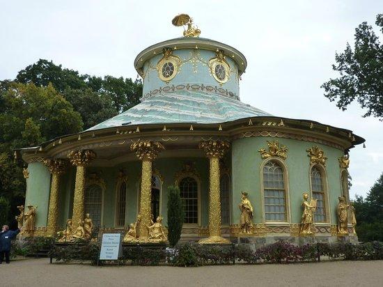 Potsdam's Gardens : Le pavillon chinois