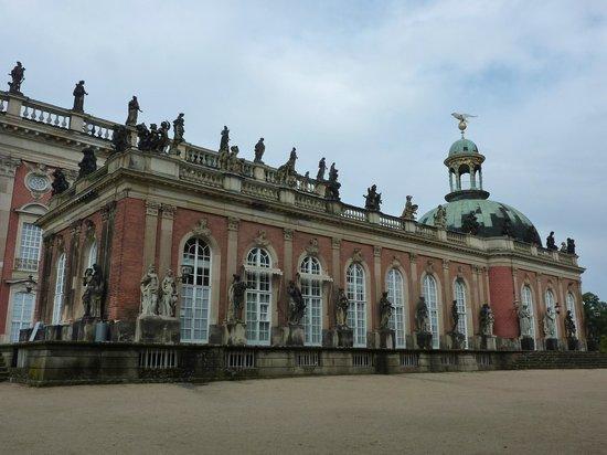Potsdam's Gardens : Le nouveau palais