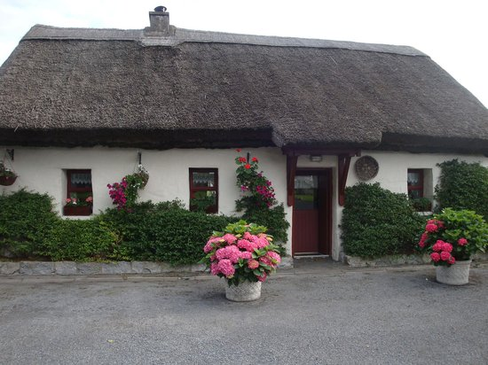 Cloch na Scith Thatched Cottage: Un meraviglioso benvenuti