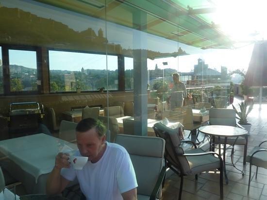 Sharden Villa : breakfast in Tbisili