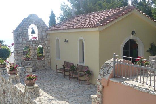 9 Muses Hotel Skala Beach: little chapel