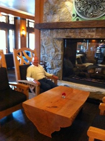 Nita Lake Lodge : Luv the Chair