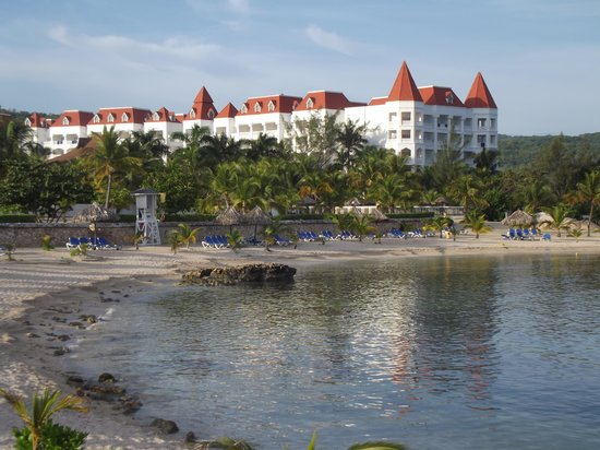 Grand Bahia Principe Jamaica: View of hotel from the beach