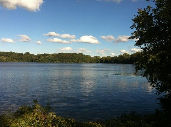 Mystic River Reservation: mistic valley parkway