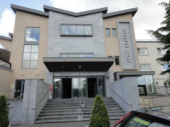 Entrance to Hotel Kilkenny