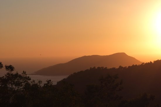 Montana Pine Resort: Sunset from the Sunset Bar