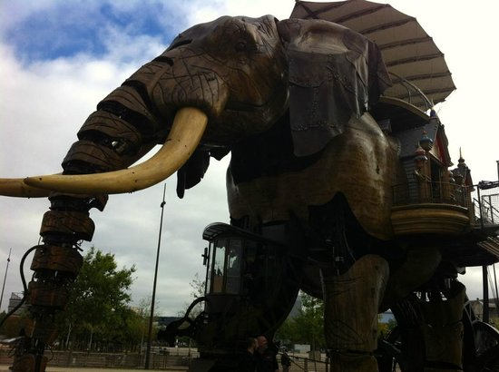 Nantes, Pháp: l'éléphant de l'île des machines