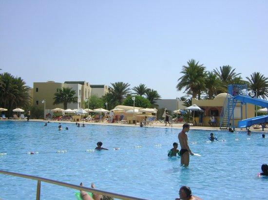 Hotel Djerba Castille: Vue de la picine