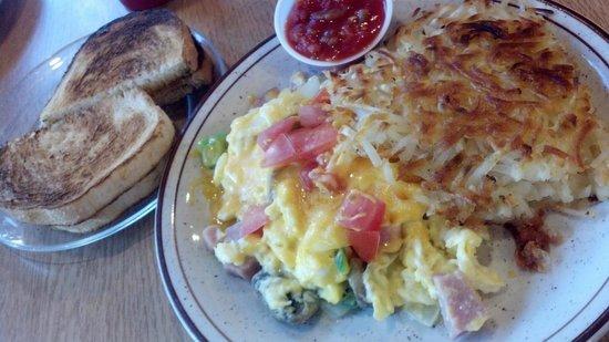Karen's Cafe: Excellent breakfast