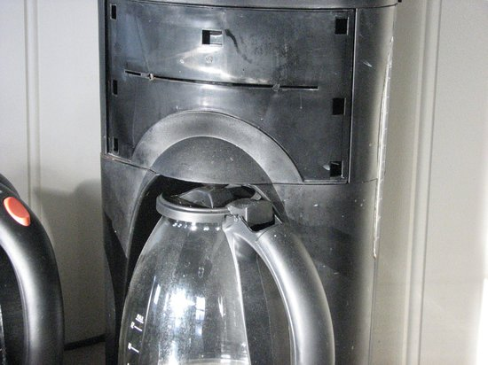 Hotel Grimsborgir: Coffee machine was thick with grease and dirt