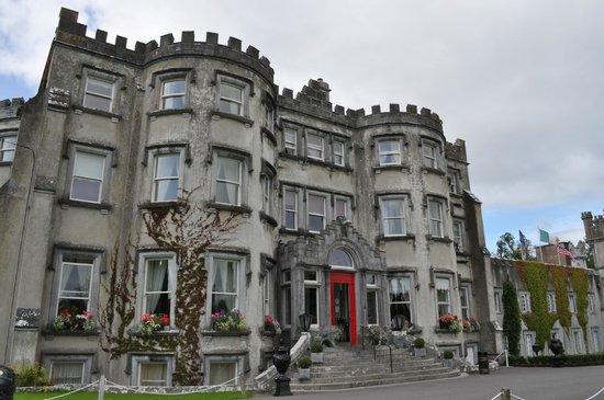 Ballyseede Castle: Front of castle